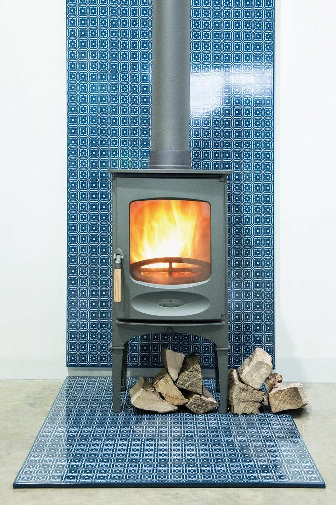 C foiur log stand Vlaze 2