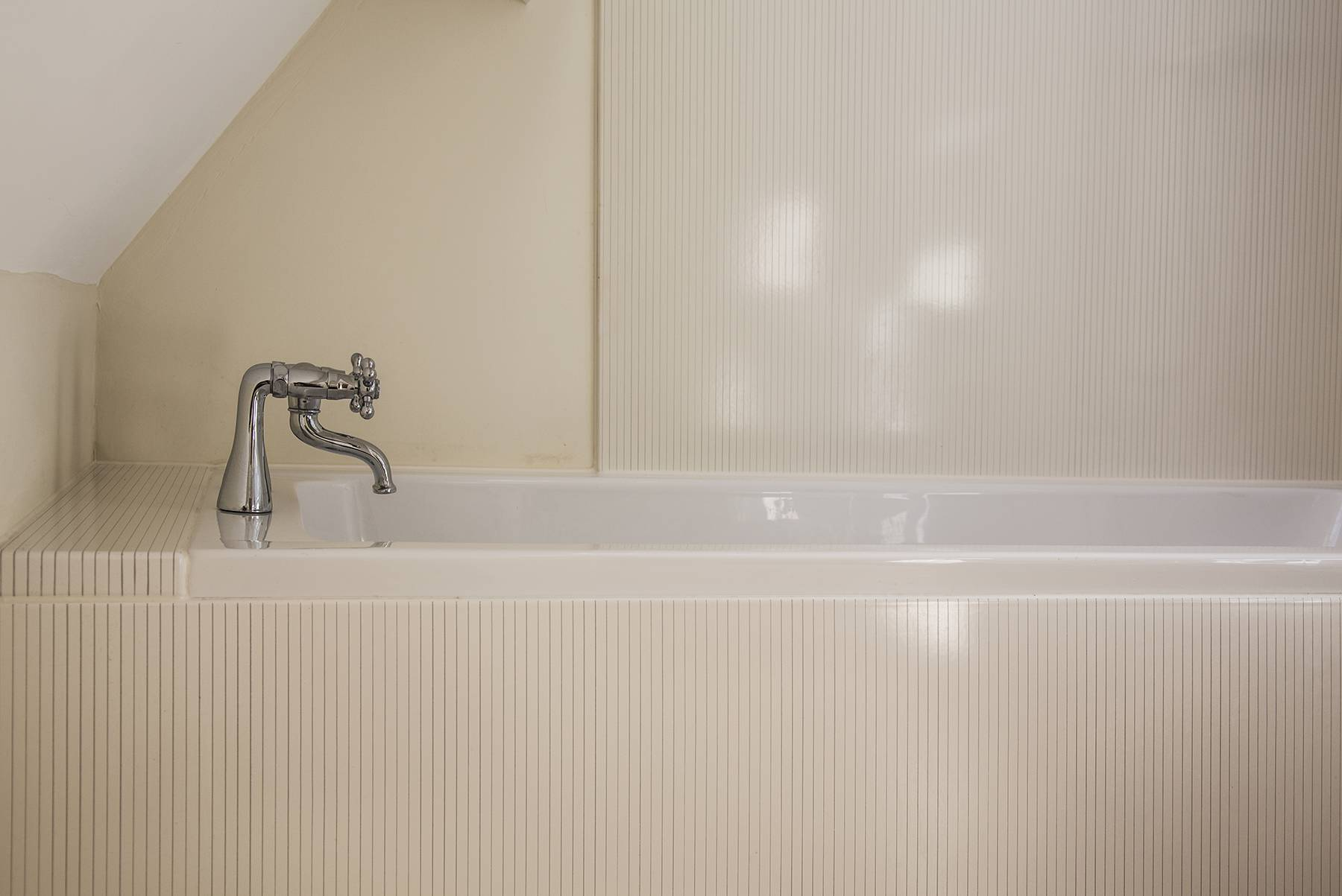 vlaze-bathroom-panels